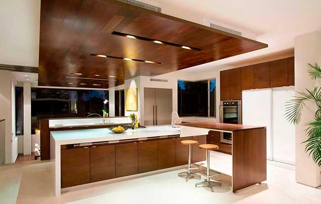 расположение спотов на потолке в кухне